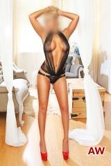 Vip Blonde Leyburn Escorts